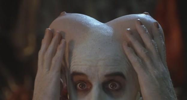 сиськи на голове