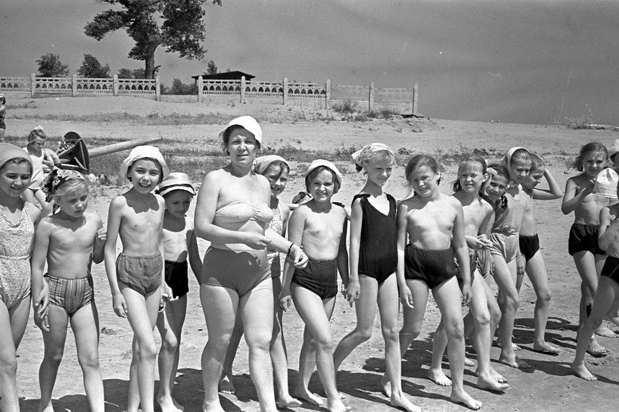 Рассказы девочки в пионерлагере фото 579-10