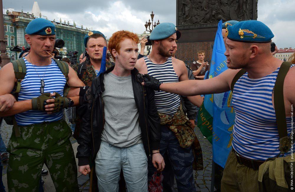 Мальчики геи трахаются с геями фото 683-665