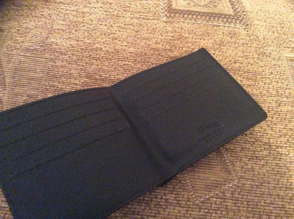 6bb3aeeceb15 Очередной мужской кожаный кошелек