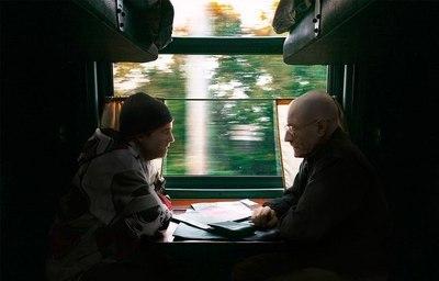 Подрочила в поезде автобусе видео