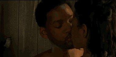 Помните этот поцелуй? Смеюсь так же, как и 15 лет назад
