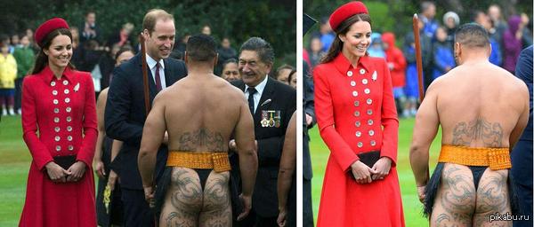 Шаловливая Кейт Принц Уильям и его супруга Кейт встречаются с воином маори, одетым в национальный костюм, Новая Зеландия.