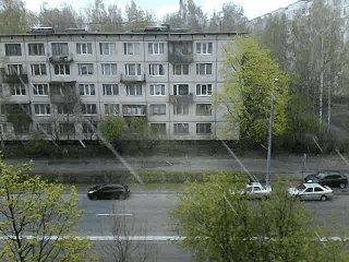 В Питере снег.