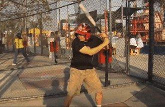 Бейсбол. Стиль урагана 10 из 10. http://youtu.be/GqPM_n-ICX0