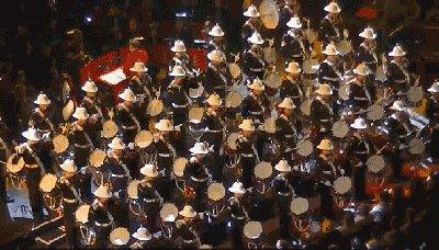 Оркестр королевской морской пехоты Рай для перфекциониста http://youtu.be/wu1hyPeS5ZI