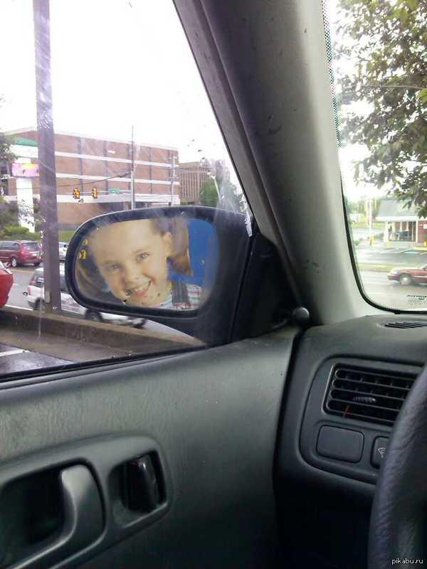 Увидел это когда грузовик остановился за мной.