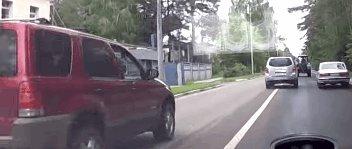 Ford vs. Трактор Оригинал: http://www.youtube.com/watch?v=B0XkWIBrt9U