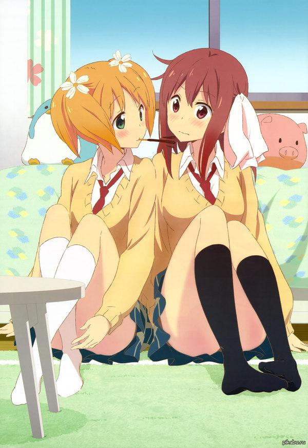 Шалости под Сакурой - Sakura_Trick Очень интересное аниме с легким юри- сёдзё-ай контентом. Мне понравились очень живые персонажи, эмоции,характеры. Советую фанатам.
