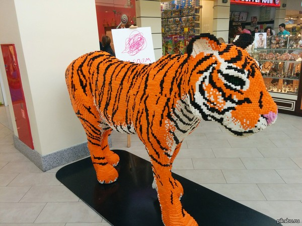 Любителям лего Тигр из лего для моего единственного подписчика