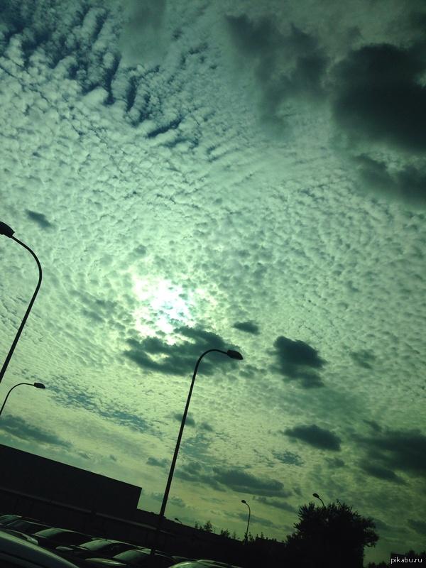Странное небо!!!