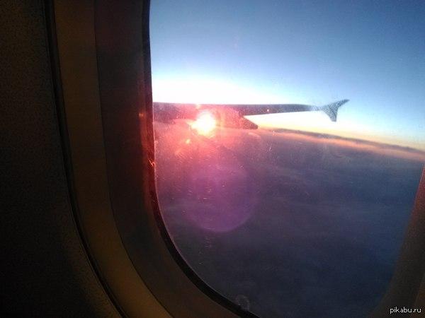 Закат над Сочи Немножко запоздало,но присоединяюсь к новому тренду на Пикабу :) Зацепила закат,пролетая над Сочи несколько дней назад.