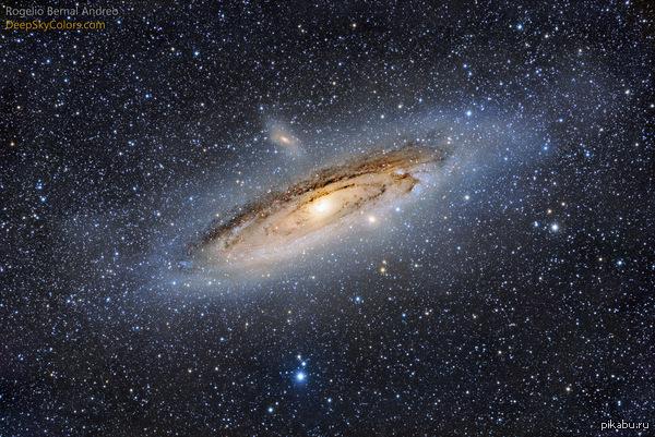 Галактика Андромеда или M31, снятая с общей выдержкой 17 часов Автор - Rogelio Bernal Andreo.