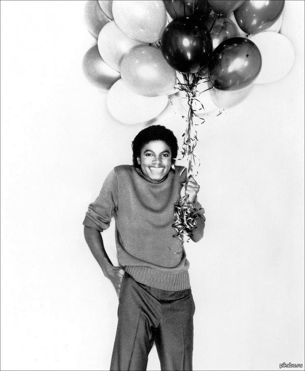 Сегодня, Майклу Джексону исполнилось бы 56 лет..