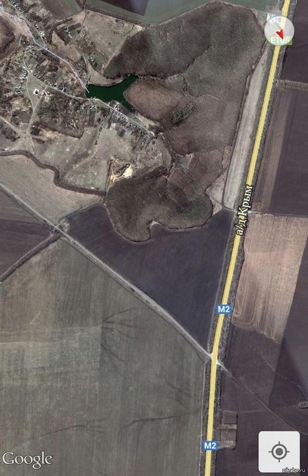 Что-то назревает. Живу в приграничным с Украиной Белгородом сейчас с женой ехал от родителей (живут около 7 км от границы) на выезде стоит военный патруль и всех досматривает.  Продолжение внутри.