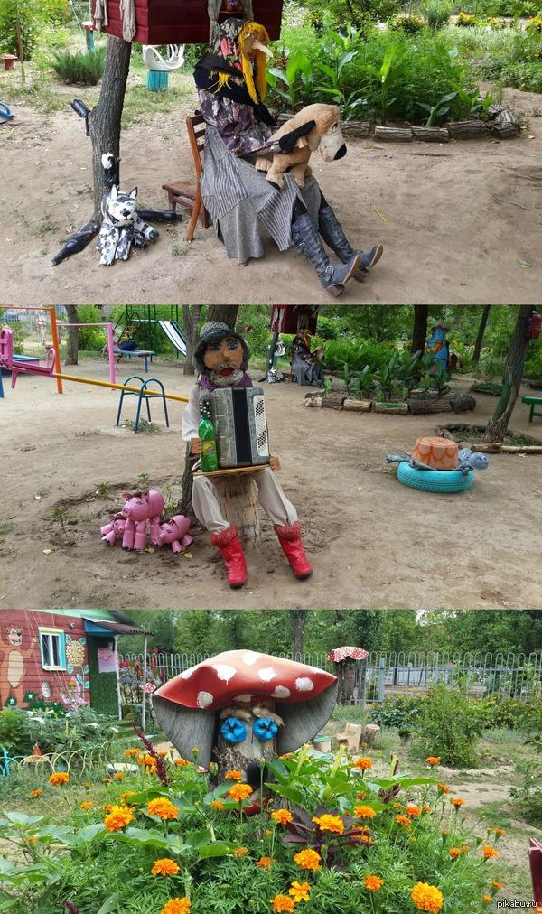Ужасы не нашего городка О_о Отдыхали с дочкой летом в прекрасном городе Волжский и была у нас во дворе площадка, я на неё ходить боялась... (остальные фото в коментах)