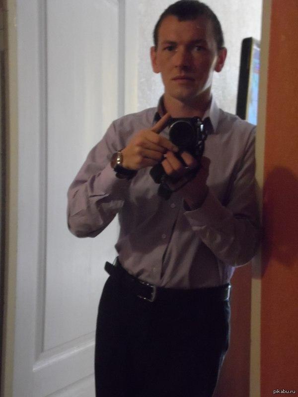 1 рабочий день завтра я заступаю на 1 смену в охране ЦУМа в Перми....приходи в цум и скажи слово-пикабу. посмотрим сколько нас))))