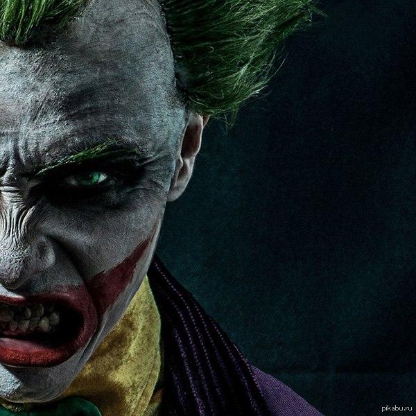 Атмосферный косплей из Китая фэндом: BATMAN  персонаж: Joker