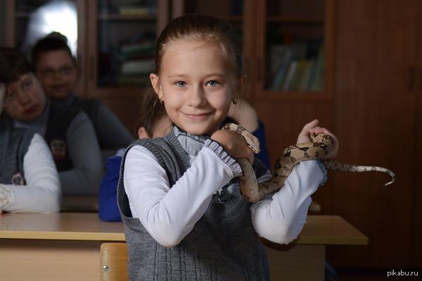 """В ответ на пост о домашних животных и к пятничному """" МОЁ """" <a href=""""http://pikabu.ru/story/domashnie_zveri_2769966"""">http://pikabu.ru/story/_2769966</a>  Собственно и ребенок мой."""