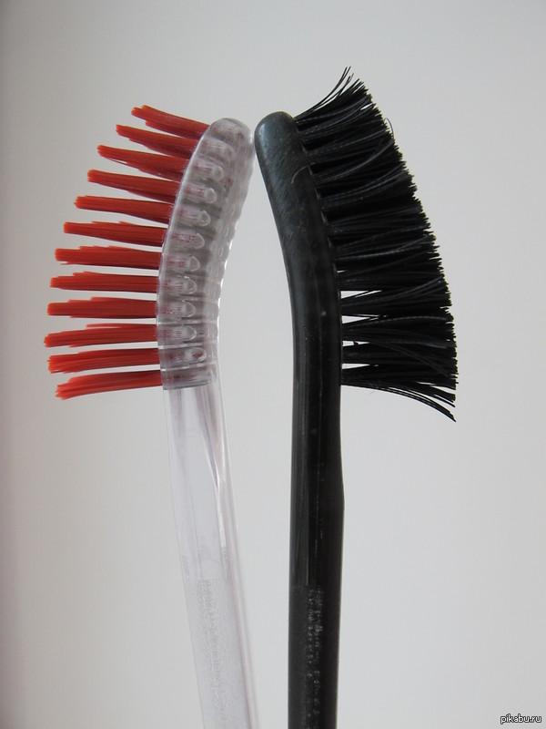 "Как правильно дезинфицировать зубные щётки R.O.C.S. Ответ на пост <a href=""http://pikabu.ru/story/podruga_reshila_prodezinfitsirovat_novyie_zubnyie_shchetki_2777926"">http://pikabu.ru/story/_2777926</a>  Варим ровно 5 минут!"