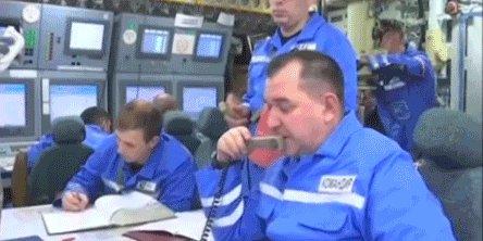 Запуск МБР Очень нравится этот момент. Не хило их там от одной ракеты тряхнуло!  Представляете, что было, когда в 91 году был совершен залповый пуск шестнадцати ракет?!