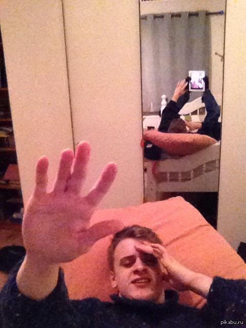 Фото парень фотографирует свою девушку70