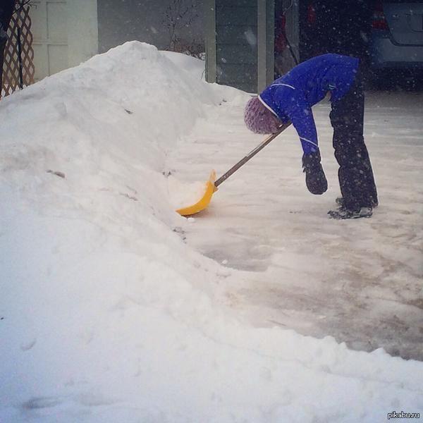 Уборка снега гифка