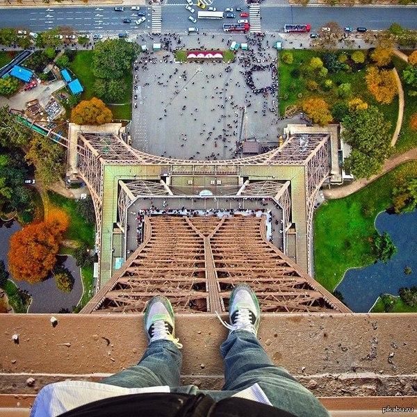На вершине Эйфелевой башни