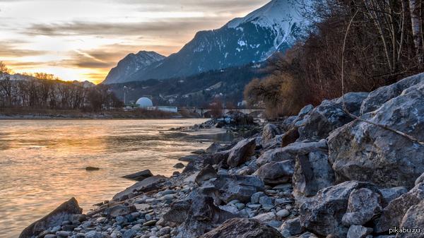 Река под закатом в HDR отдаю на строгий суд Пикабу  (Nikon D60, AF-S NIKKOR 18-55mm 1:3.4-5.6)