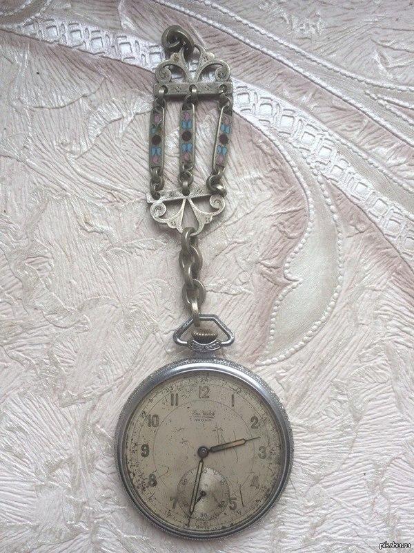 Может есть тут ценители) хоть чего бы узнать про эти часы) 2 скрина Достались от деда без какой либо инфы, в инете ничего не смог накопать про них.  Надеюсь на вашу помощь)