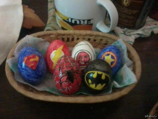 12 апреля. Все дела) Запилил яйца супер-героев