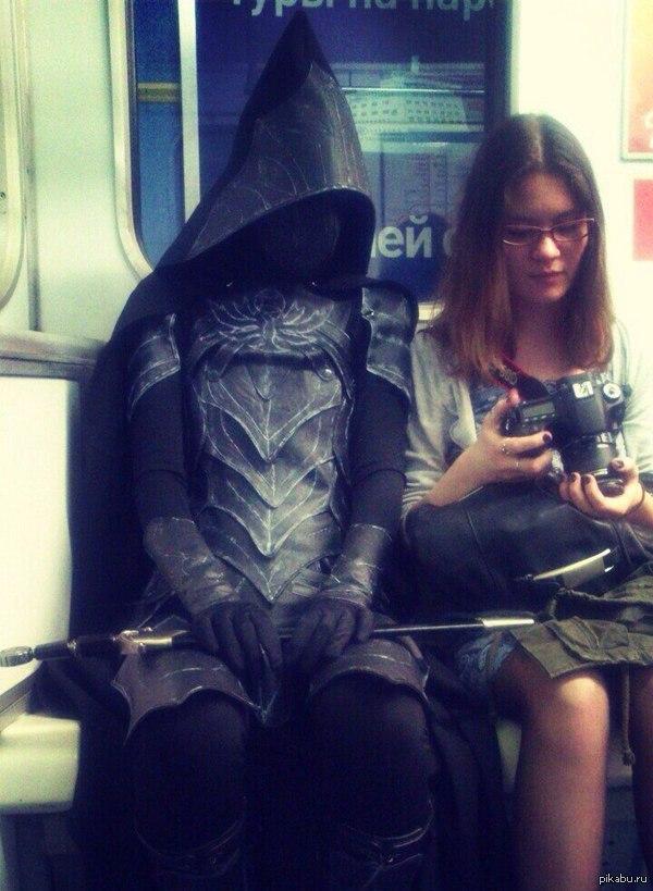 Соловей в метро СПб Кого только ни встретишь в питерском метро