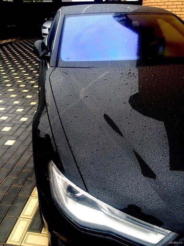 Машина как девушка... ...когда мокрая- становится намного сексуальнее)