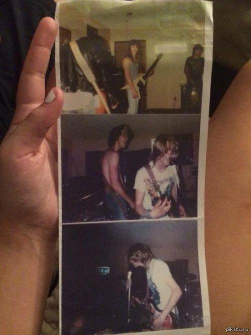 19-летняя Мэгги Пуккула опубликовала в твиттере фотографии с первого концерта группы Nirvana. Она знала, что ее отец Тони играл вместе с Куртом Кобейном во время учебы в старшей школе, но не подозревала, что эти фотографии настолько редкие и ценные.