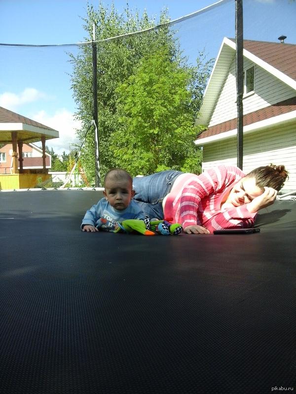 просто за сына-поддержите. Это мой малыш-родился в 7 месяцев, через двое суток перенес тяжелую полостную операцию.