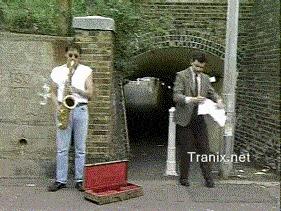 Когда очень понравились уличные музыканты А у тебя нет денег
