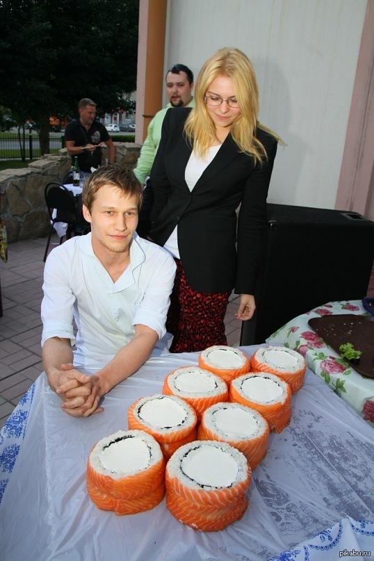 "Роллы В ответ на пост <a href=""http://pikabu.ru/story/psikhanul_3585686"">http://pikabu.ru/story/_3585686</a>"