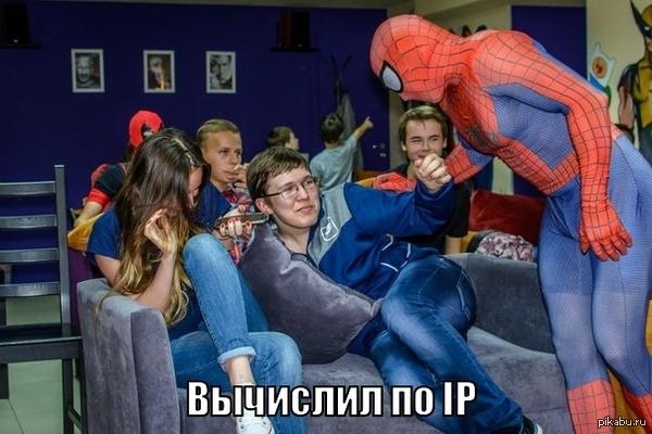 Тот момент, когда тебя... Сегодня праздновался День Бэтмана. И есть пара случайных кадров)