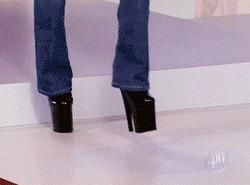 когда пытаешься угнаться за модой, но она быстрее тебя))) как потом оказалось, на четвереньках проще :D