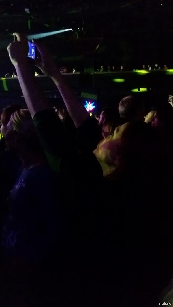 """К моему же посту  <a href=""""http://pikabu.ru/story/_2829231"""">http://pikabu.ru/story/_2829231</a> И так весь концерт, и как руки не отсохли, тренировки..."""