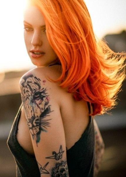 Фото рыжих девушек с татуировкой фото 19-116