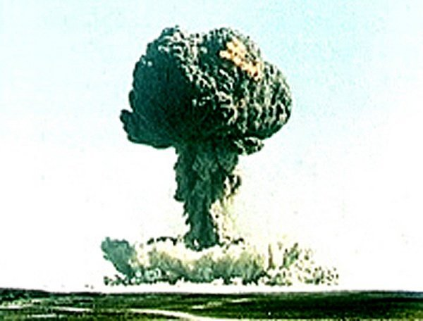 harm of nuclear weapon Section 50 effects of nuclear explosions nuclear weapons frequently 50 effects of nuclear thermal damage from nuclear explosions arises.