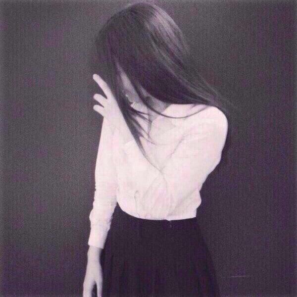 картинки девушек со спины 14 лет