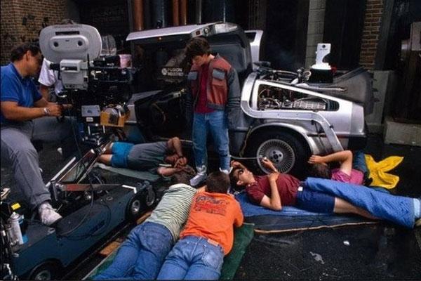 """Почему Роберт Земекис снял """"Назад в будущее 2"""" Назад в будущее, Назад в будущее 2, как появился фильм, история кино, Роберт Земекис, длиннопост"""