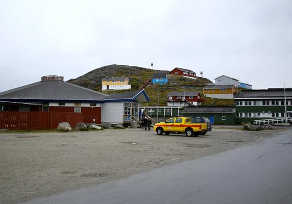 Два магазина в Гренландии Гренландия, Конкуренция, Бизнес, Длиннопост