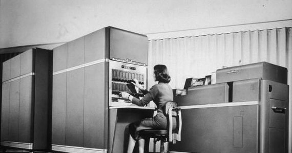 computer generations and the historical development The first generation of computers generally runs from 1945 to 1956 during this time, the first vacuum tube computer, the eniac, was invented the first commercial computer was called the univac, and it was used by.