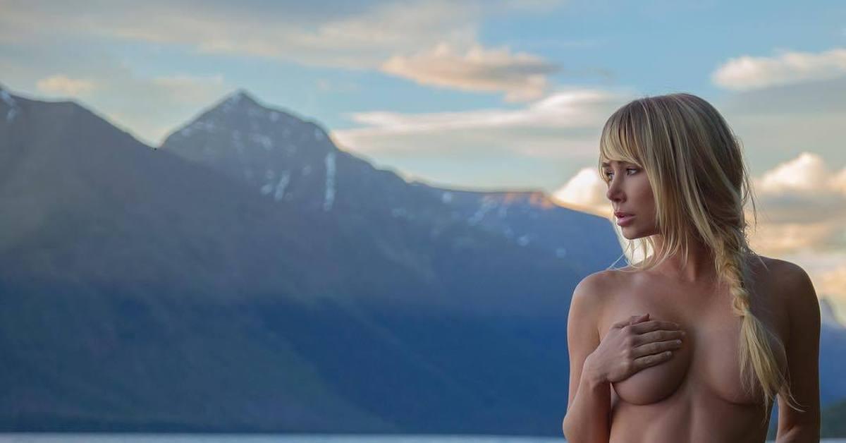 Sara Jean Underwoods Tits