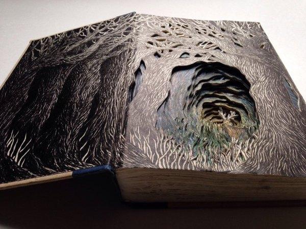 24 летняя британка Изобель, живущая Сиэтле, создаёт сложные 3D иллюстрации из выброшенных книг Арт, Книги, Старая книга, Хобби, Длиннопост