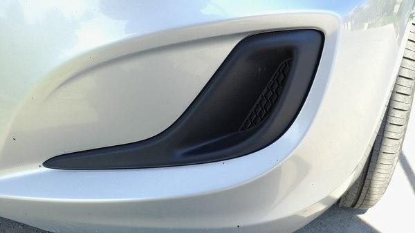 Установка ПТФ с ДХО на Hyundai Solaris, часть