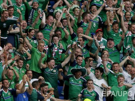 Will Grigg's on fire. Как песня фанатов Северной Ирландии стала одним из главным хитом Евро 2016 Футбол, Северная Ирландия, Болельщики, Спорт, Евро, Длиннопост, Видео